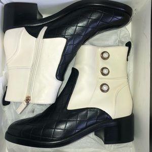 7cc8c8afef3 Women Chanel Quilted Boots on Poshmark